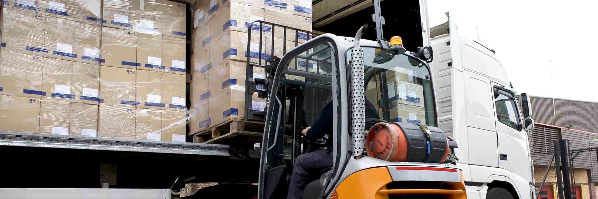 Pallet Delivery Service in Tamworth - Pallet Distribution